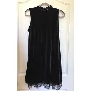 Takara Sleveless Black Velvet Dress